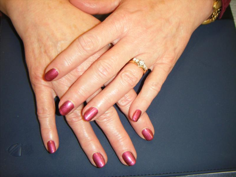 Color Bio Sculpture Gel! Instantly and compleatly dry when you leave.